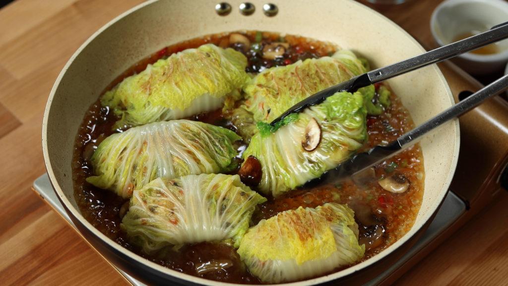 sticky-rice-cabbage-rolls